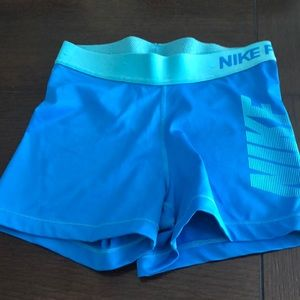 Nike pro work out shorts